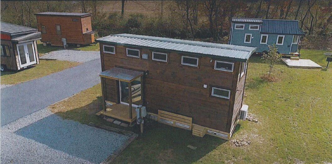"""Alamance Commissioners approve Haw River """"Tiny House"""" community"""