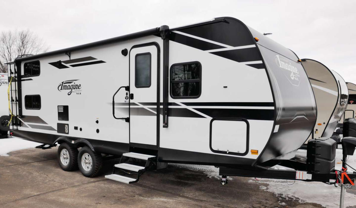 RV review: 2021 Grand Design Imagine XLS 24MPR Toy Hauler