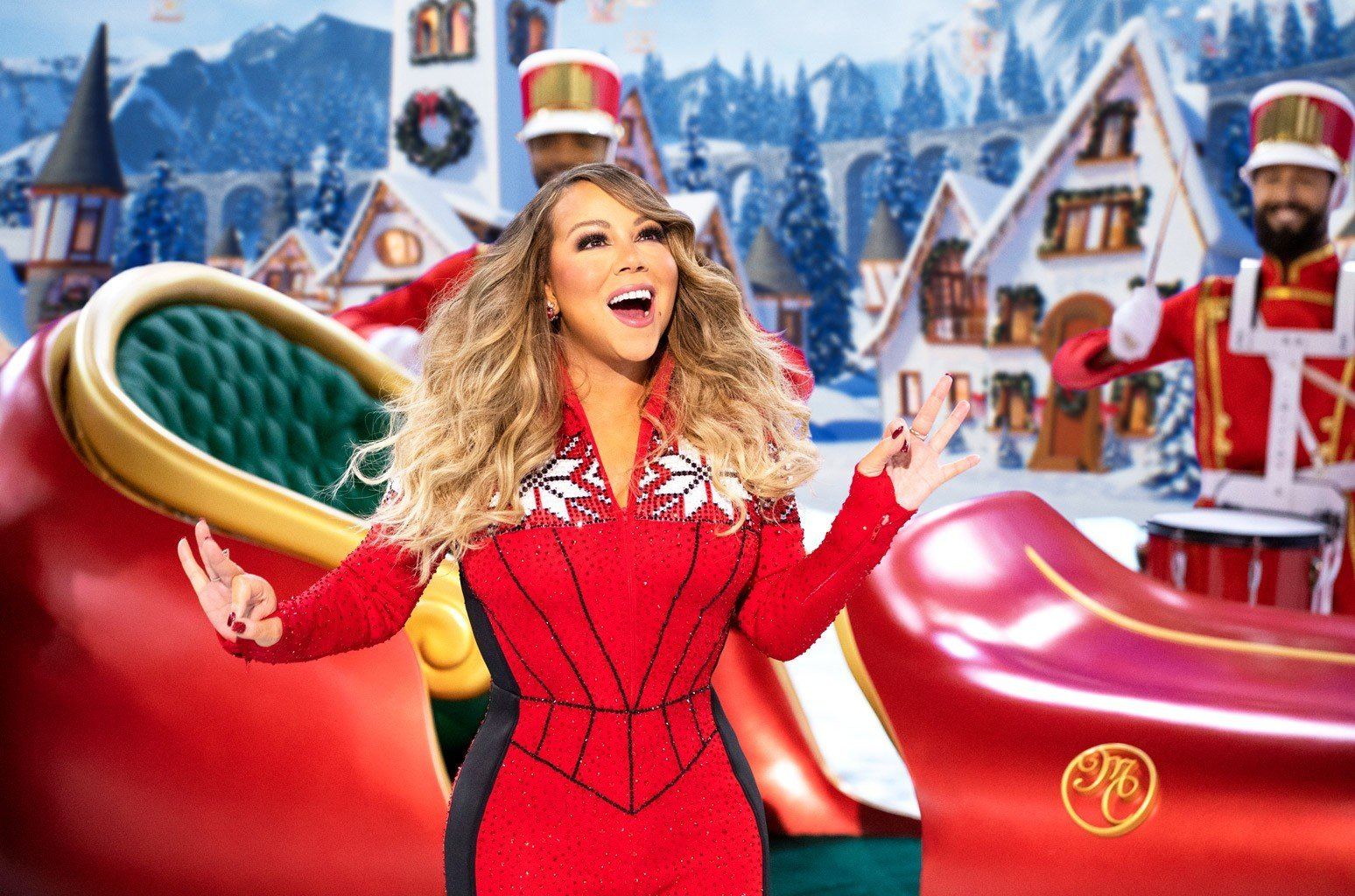 Mariah Carey's RV Is Totally Decked Out for a Festive Road Trip