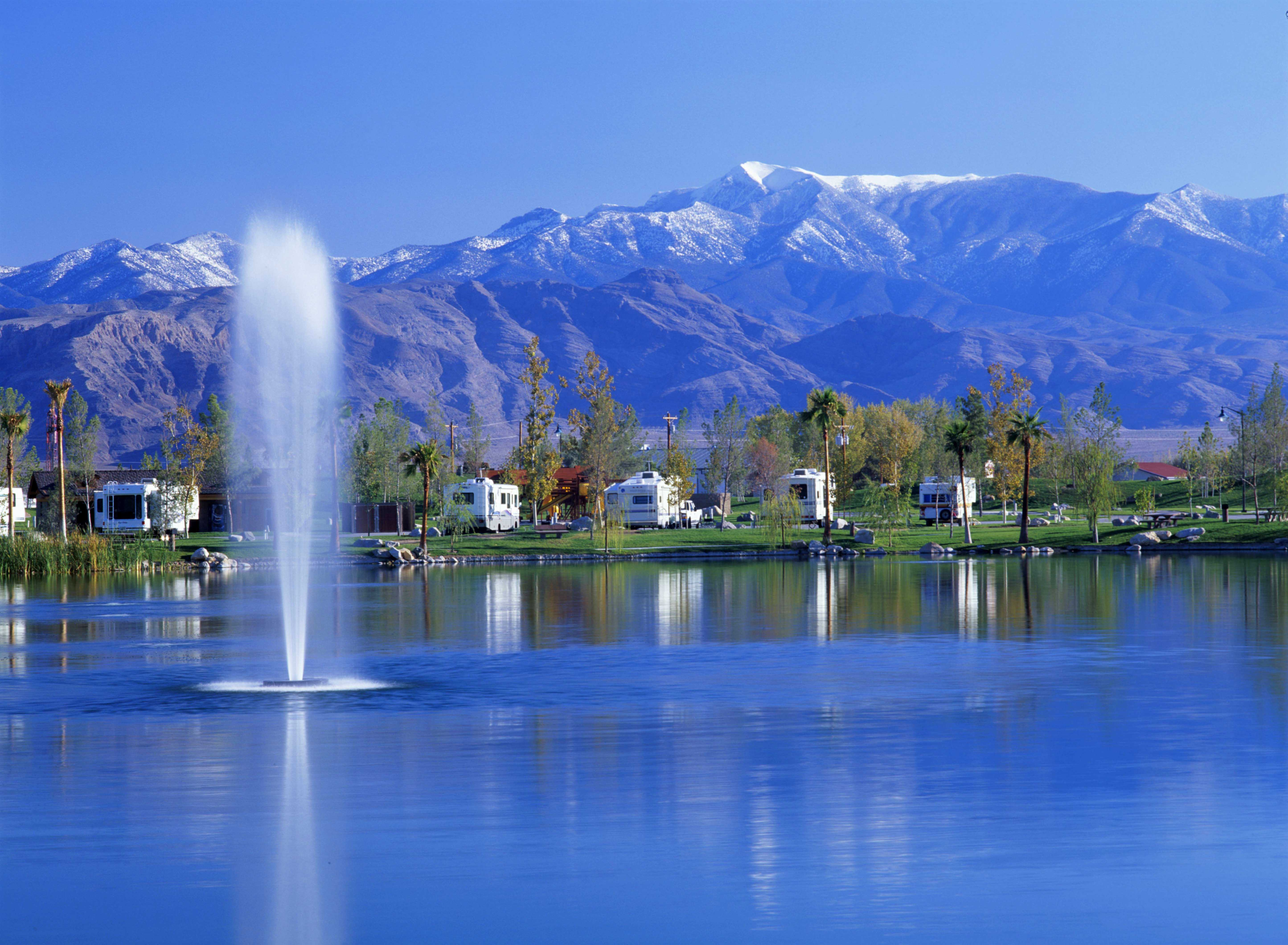 Lakeside Casino & RV Park in Pahrump is the Perfect Location for a Fall Getaway