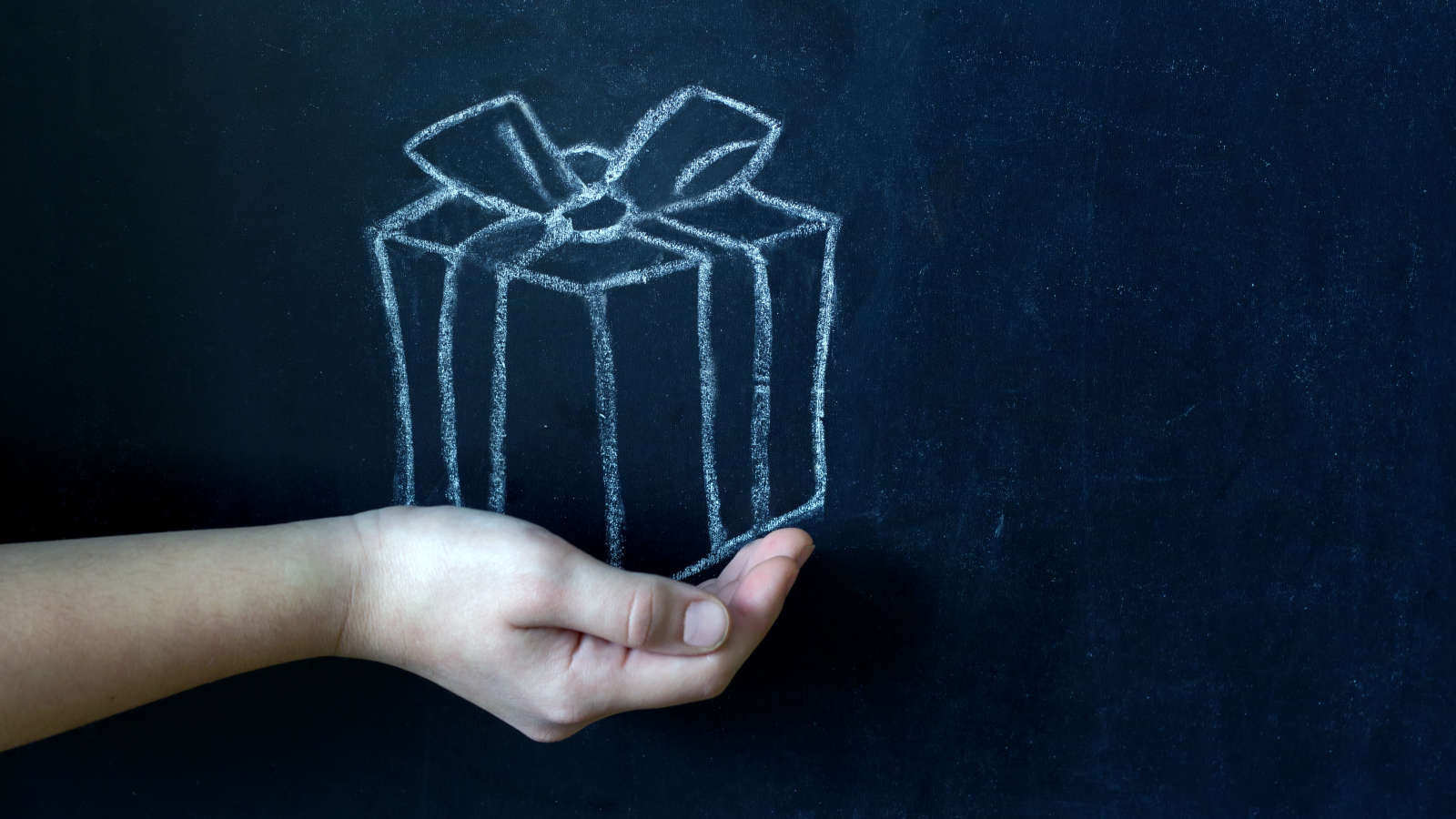 What to Gift Your Kid's Teacher This Holiday Season