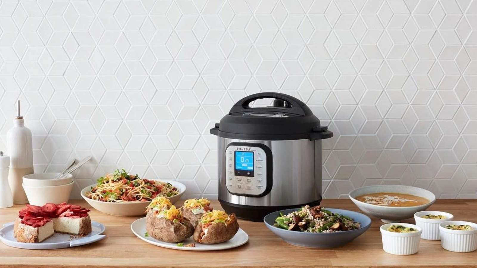 The Instant Pot Duo 7-in-1 Pressure Cooker Is Close to Its Lowest Price Ever