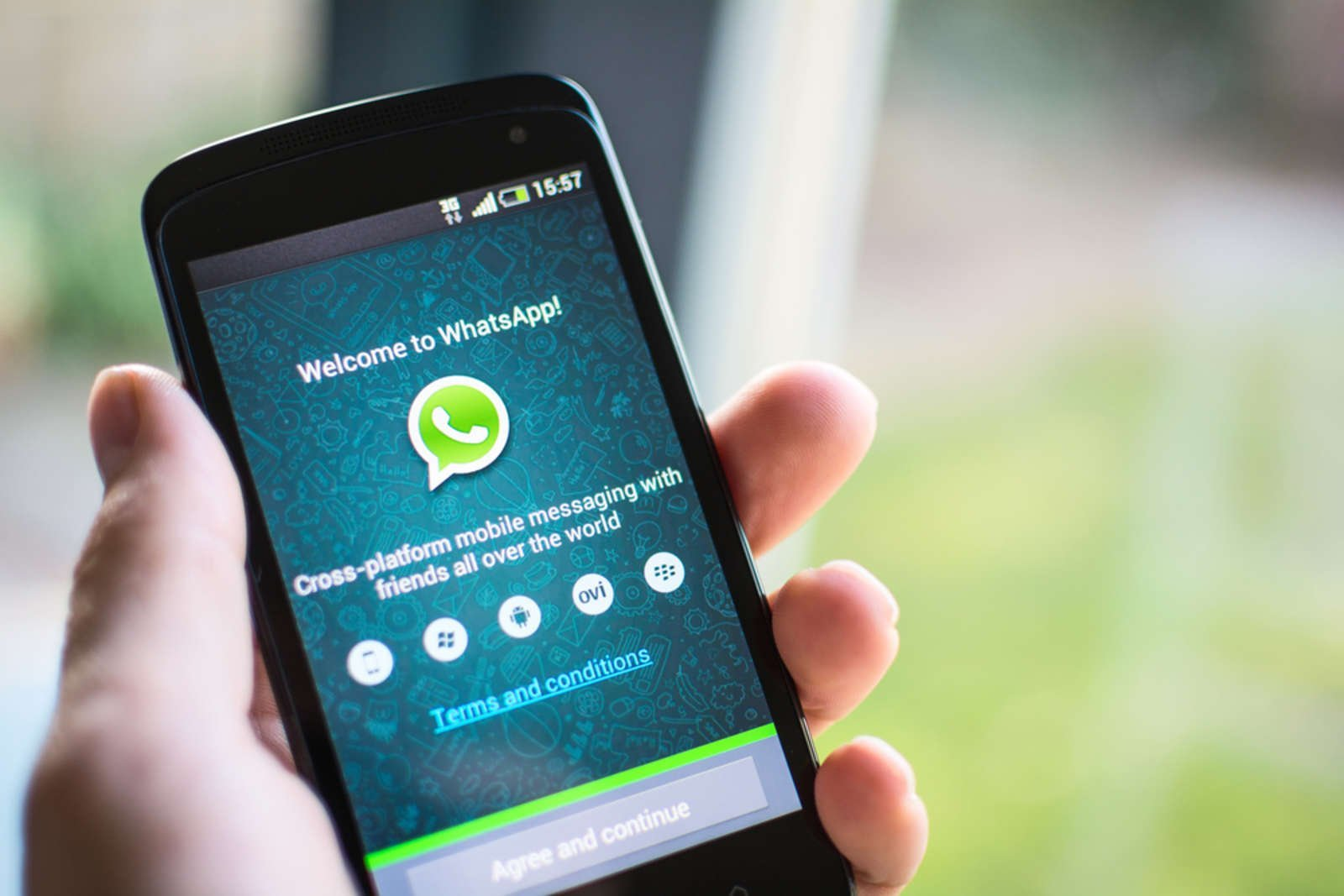 WhatsApp is Ditching These Old Phones in 2021 [Updated]