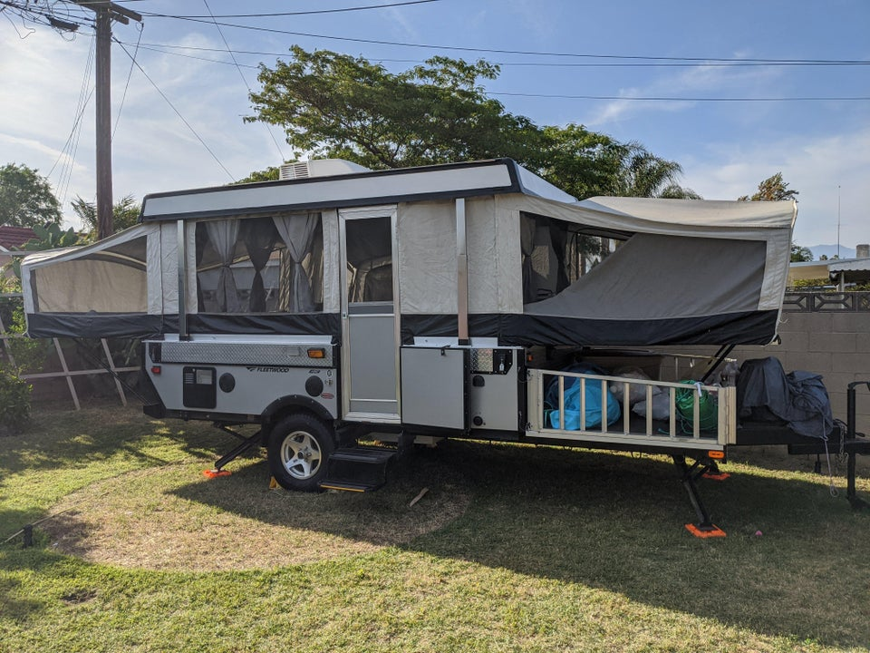 Anyone have a cherokee wolf pup rv trailer?