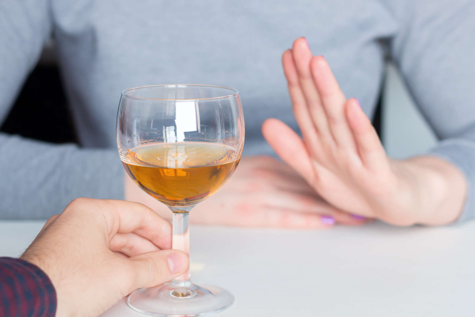 How to Date Without Alcohol