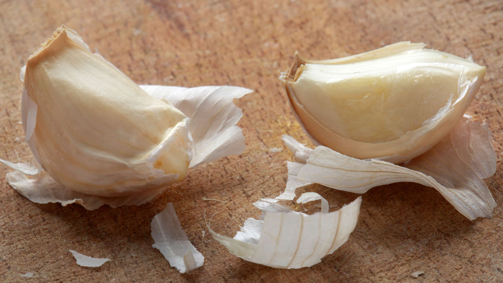 Use Papery Garlic Skins to Give Broth Big Flavor