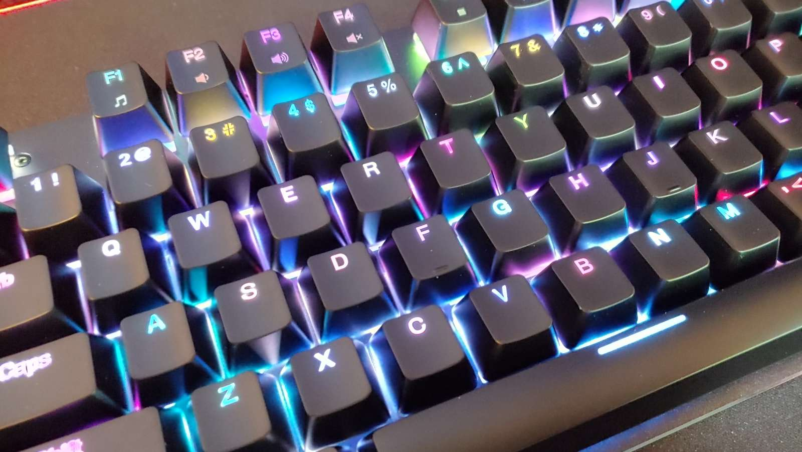 Hello Gamers, Aukey's KM-G12 RGB Keyboard Is Down to $39